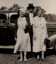 Don Prior, and half sisters Mernita and Zootha